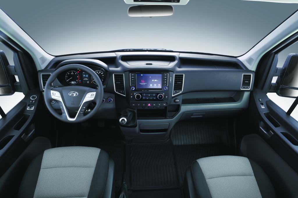H350_Interior3