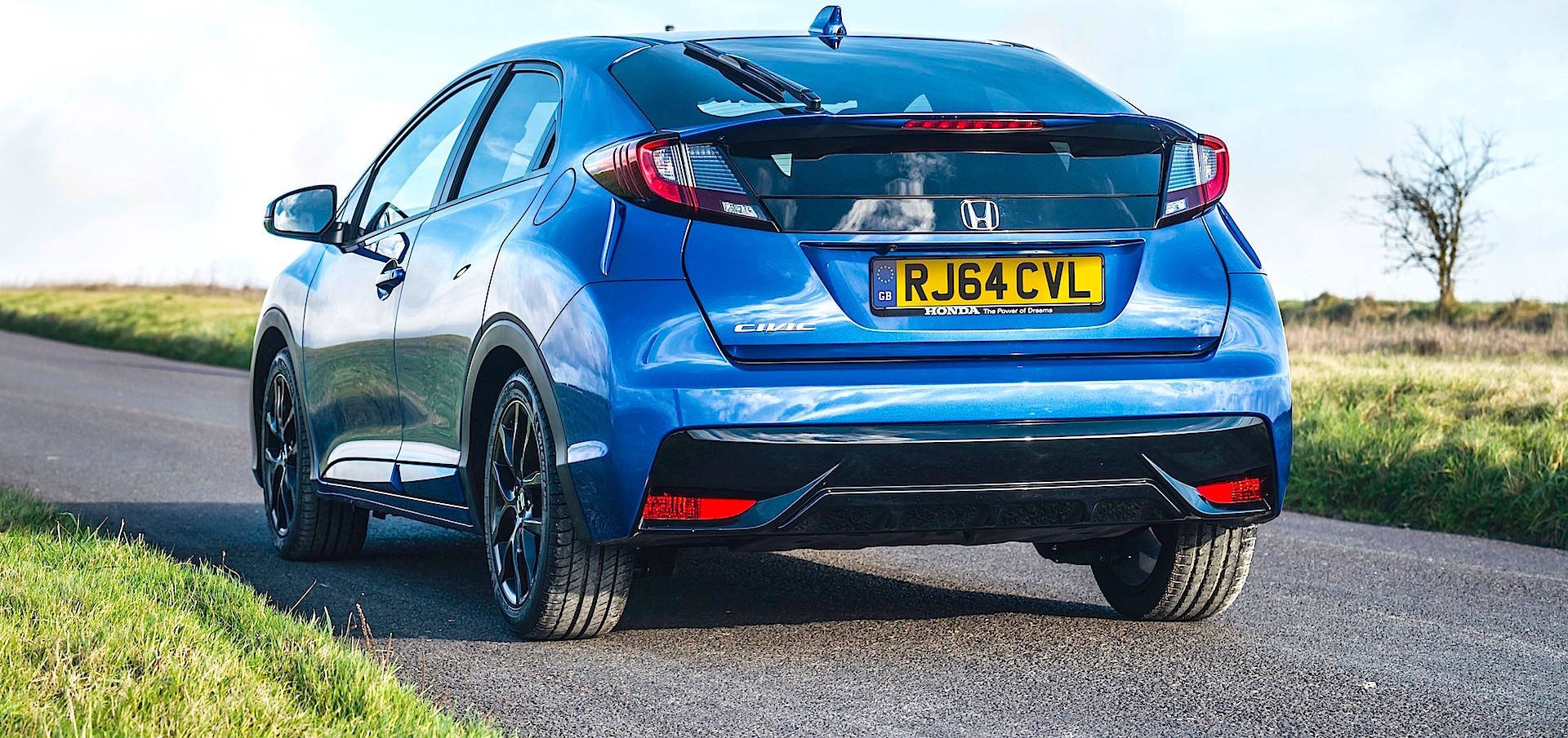 Honda Says Prices Will Start From GBP16815 OTR 25924 For The Entry Level 14 I VTEC Manual S Grade Model Which Include All New Connect