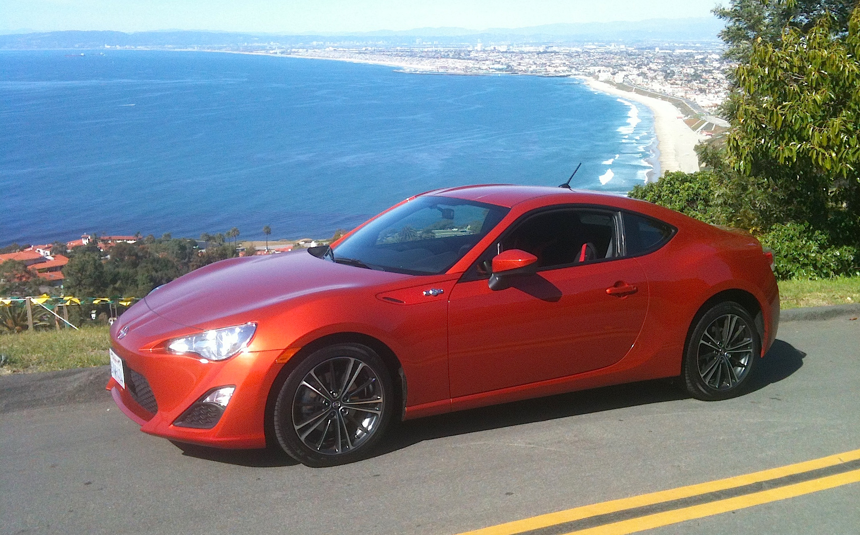 2013 scion fr s review new coupe celebrates the joy of driving carnichiwa. Black Bedroom Furniture Sets. Home Design Ideas