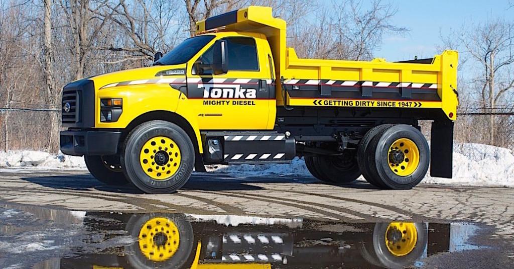 FordF750-Tonka_02_HR