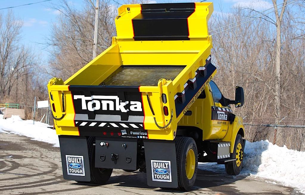 FordF750-Tonka_05_HR