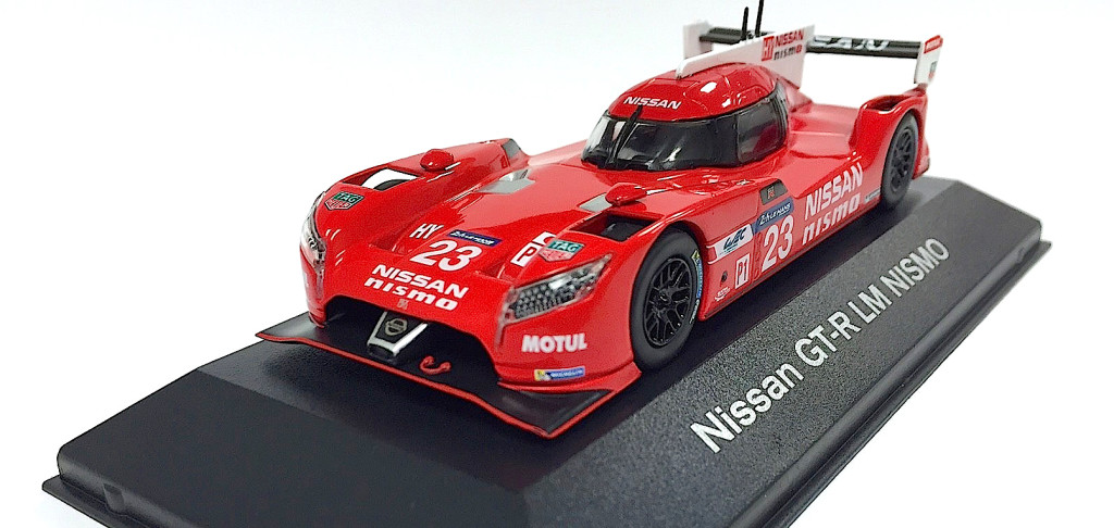 Nissan GT-R LM NISMO 1/43rd scale mini car