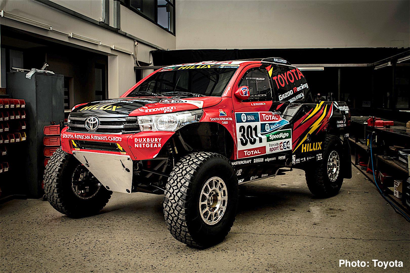 Toyota Hilux Evo Mid Engine V8 Truck Revealed 2017 Dakar