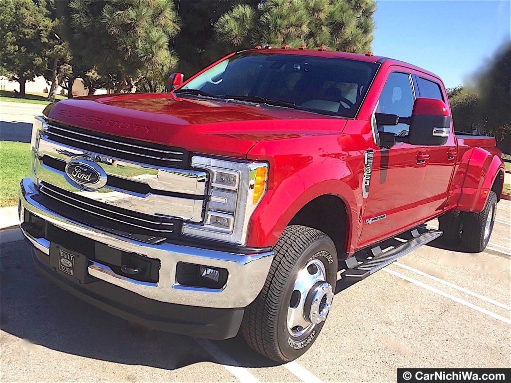 2017 ford f 350 super duty quick review driving the six wheel turbo diesel workhorse carnichiwa. Black Bedroom Furniture Sets. Home Design Ideas